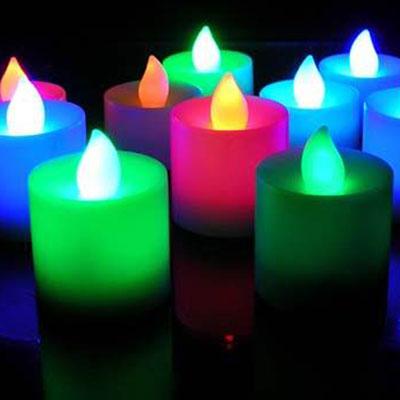 La magia delle candele colorate