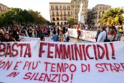 25 novembre 2013 sciopero delle donne per dire basta al femminicidio! Leggi come